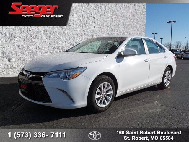 2017 Toyota Camry Se In St Louis Mo Seeger